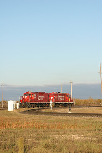 I love the classic red colour of the CP Rail engines.