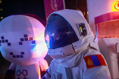 """2021 оны есдүгээр сарын 17.   Монгол Улсад орчин цагийн харилцаа холбоо, мэдээллийн технологийн салбар үүсэж хөгжсөний 100 жилийн ойг тохиолдуулан энэ жил Харилцаа холбоо, мэдээллийн технологийн газраас үзэсгэлэн яармагийг """"Digital Nation-2021"""" нэрэн доор энэ сарын 17,18,19-нд Үндэсний соёл, амралтын хүрээлэнд зохион байгуулж байна.   ГЭРЭЛ ЗУРГИЙГ Т. МӨНХ-УЧРАЛ/MPA"""