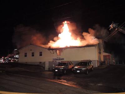 3 Alarm Building Fire - East Great Plain, Norwich, CT - 12/30/16