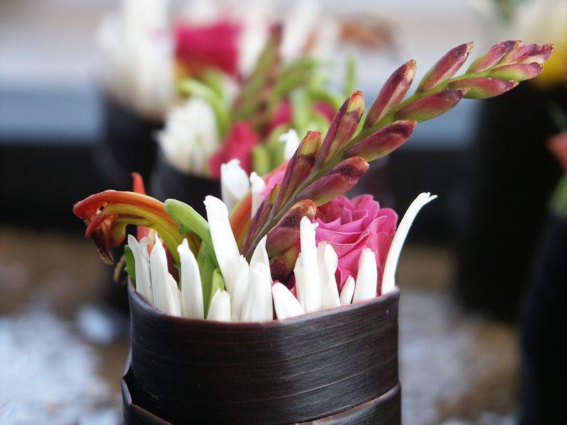 <b>Close up of a sushi flower</b>   (Feb 27, 2004, 04:17pm)