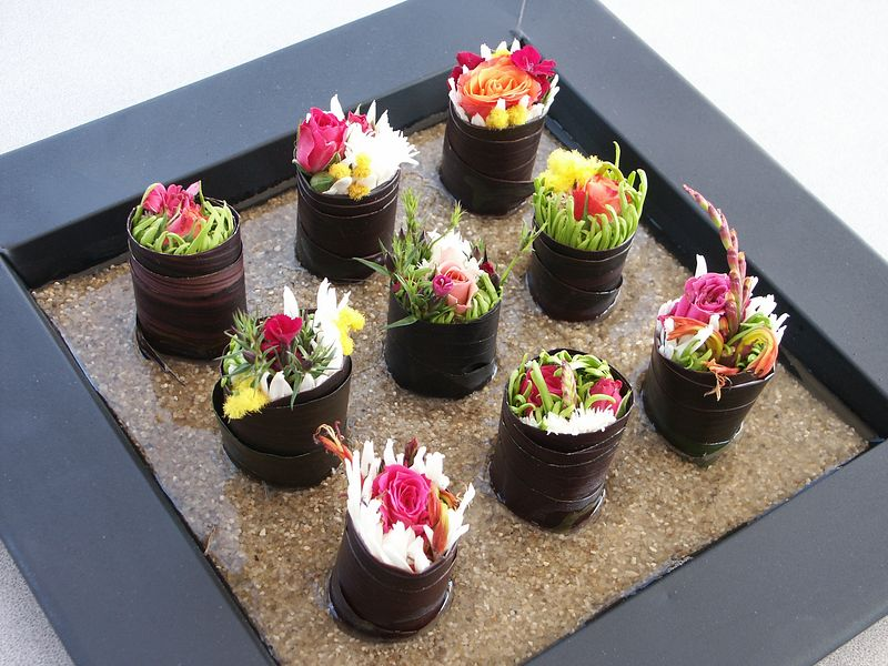 <b>Sushi flowers at Ab Initio</b>   (Feb 27, 2004, 04:13pm)