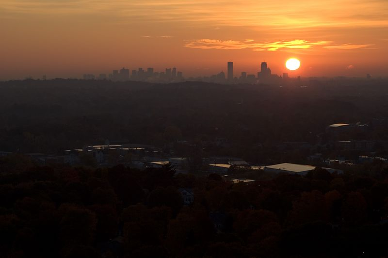 <b>Boston sunrise from Prospect Hill</b>   (Oct 27, 2004, 07:15am)
