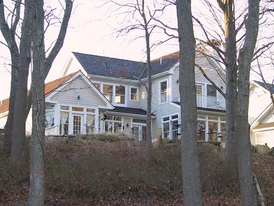 The Meeks' house in Rhode Island   (Feb 09, 2002, 04:43pm)