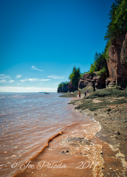 Fundy Tide Slowly Taking Back the Shore