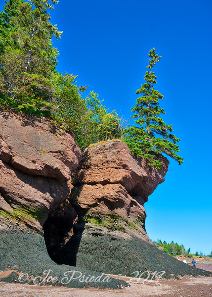The Tall Rocks at Hopewell