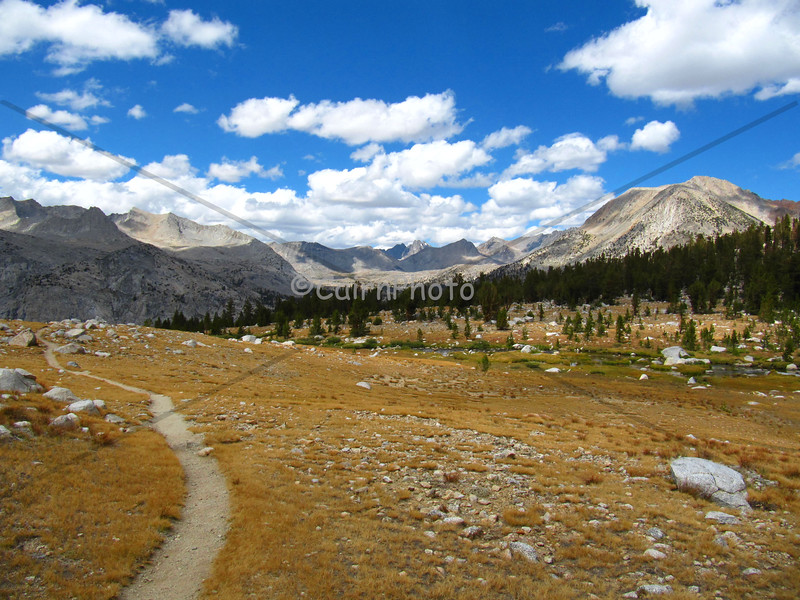 This plateau was just south of the Bench Lake cutoff and north of Pinchot Pass.  This is looking north towards Upper Basin.