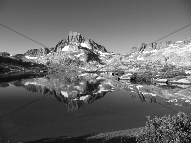 1000 Isle Lake in Black and White