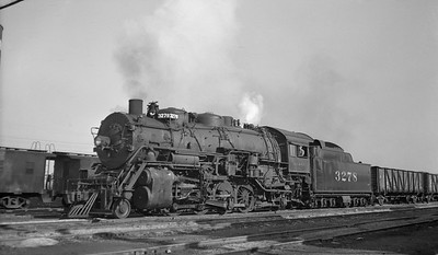 2021.003.ATSF.3278--john s ingles 116 neg--AT&SF--steam locomotive 2-8-2 3278 on freight train in yard--Chillicothe IL--1948 1127