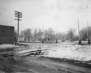 2021.003.PCNW-02--john s ingles 8x10 print [Stanton Wilhite]--C&NW--view of crossing at Scott Ave looking northeast--Glencoe IL--1929 1231