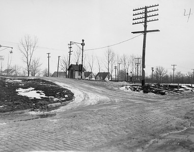 2021.003.PCNW-04--john s ingles 8x10 print [Stanton Wilhite]--C&NW--view of crossing at Woodlawn Ave looking southeast--Glencoe IL--1929 1231