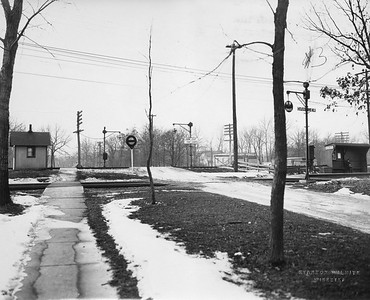 2021.003.PCNW-03--john s ingles 8x10 print [Stanton Wilhite]--C&NW--view of crossing at Woodlawn Ave looking west--Glencoe IL--1929 1231
