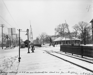 2021.003.PCNW-23--john s ingles 8x10 print [Stanton Wilhite]--C&NW--view of Kenilworth Ave crossing and depot looking northeast--Kenilworth IL--1930 0115