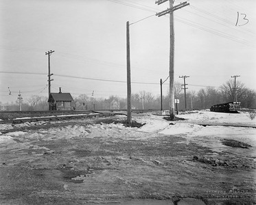 2021.003.PCNW-13--john s ingles 8x10 print [Stanton Wilhite]--C&NW--view of crossing at Lincoln Ave looking southeast--Glencoe IL--1929 1231