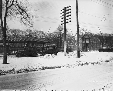 2021.003.PCNW-24--john s ingles 8x10 print [Stanton Wilhite]--C&NW--view of Kenilworth Ave crossing looking southeast--Kenilworth IL--1930 0115