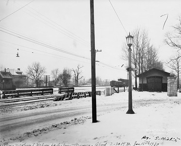 2021.003.PCNW-26--john s ingles 8x10 print [Stanton Wilhite]--C&NW--view of Melrose Ave pedestrian crossing looking northwest--Kenilworth IL--1930 0115