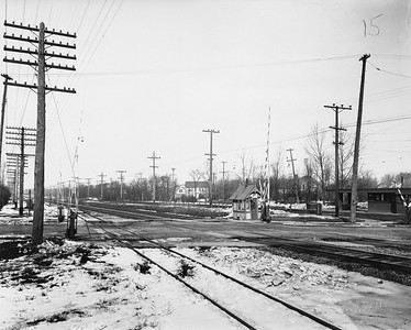 2021.003.PCNW-15--john s ingles 8x10 print [Stanton Wilhite]--C&NW--view of crossing at Greenbay Road looking north from east side of Glencoe Road--Glencoe IL--1929 1231