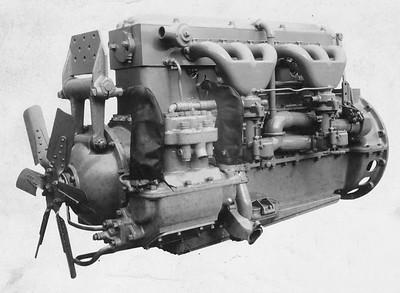 2021.003.PDTI.001--john s ingles 4x6 print--DT&I--company photo of unidentified diesel engine--location unknown--no date