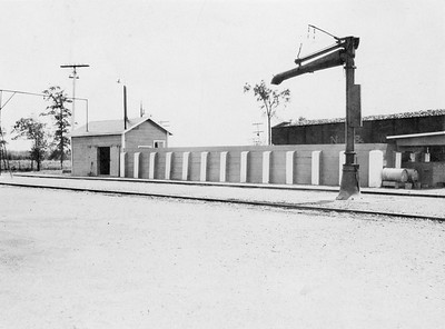 2021.003.PDTI.016--john s ingles 3x4 print--DT&I--company photo of water column at south end of yard--Napoleon OH--1925 0800