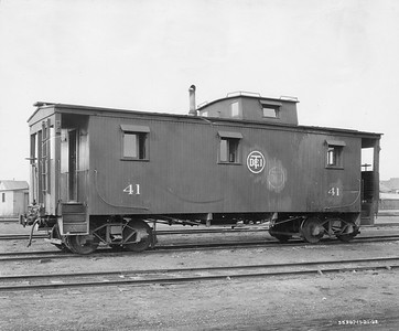 2021.003.PDTI.023--john s ingles 8x10 print--DT&I--company photo of wooden caboose 41--location unknown--1922 1121