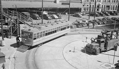 2021.003.DT.0823--john s ingles 116 neg [Logue]--DT--streetcar 823 on Route 40 at Union Station last day of operation--Denver CO--1948 0608