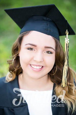 Johnee Cap and Gown Session (23)