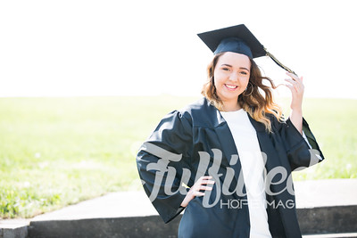 Johnee Cap and Gown Session (15)