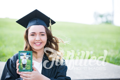 Johnee Cap and Gown Session (11)