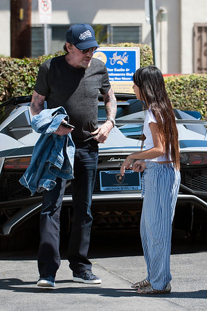 Johhny Hallyday,Laeticia and Jade have a lunch together