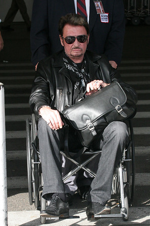 Johnny Hollyday et Laeticia arrivent a Los Angeles.