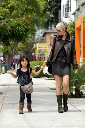 Laeticia et Jade a West Hollywood.