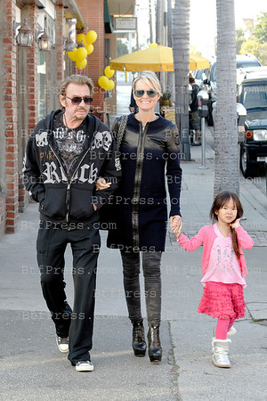 Johnny Hallyday,Laeticia and Joy make some shopping in Pacific Palisades,California.