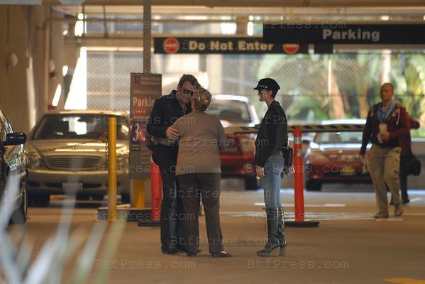 Johnny Hallyday se rend a l'hopital Cedars Sinai pour une visite medicale accompagne de Laeticia.