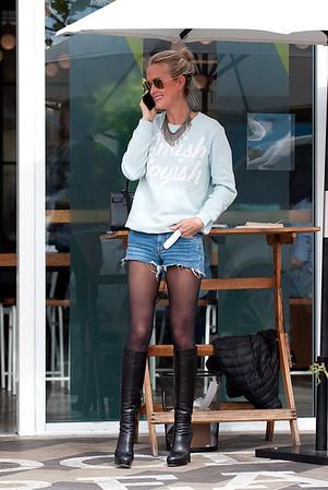 Johhny Hallyday,Laeticia spotted in Venice