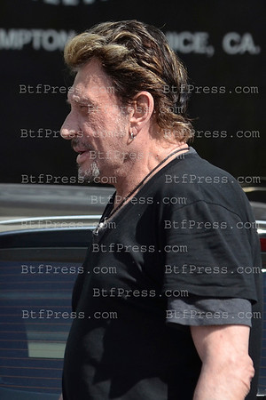 EXCLUSIVE___ Johnny Hallyday is back and he is going to be in perfect shape, training in Arnold Schwarzenegger'Gym everyday.