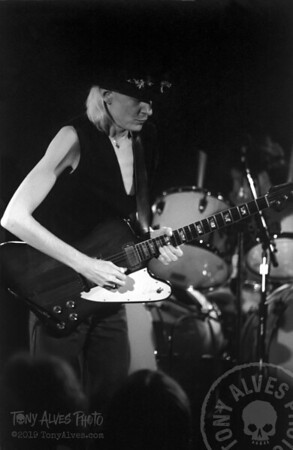 Johnny-Winter-1984-BW_06