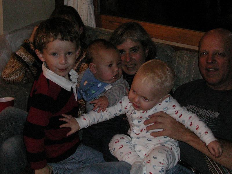 Kelly, Aunt Clara, Uncle Bob, Vidar, Henry and Hayden.