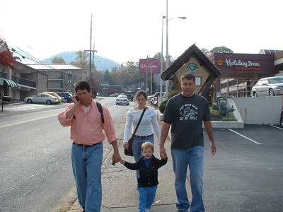 Kevin, Christian, Michael, Elisabeth and Me walking to the Burg.