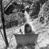 Très inspiré par  Robert Doisneau et sa merveilleuse photo La douche à Raizeux, en 1949