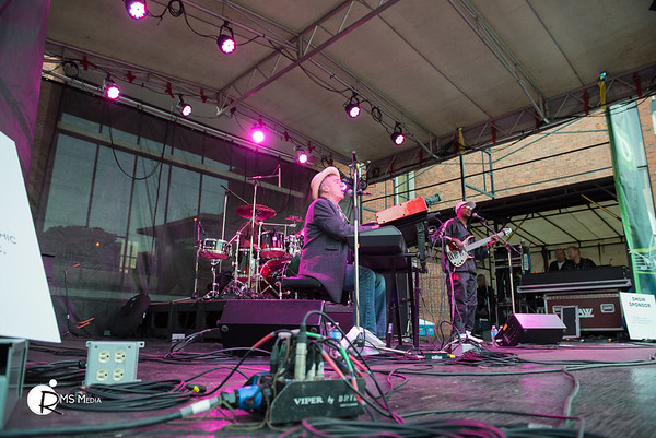 Jon Cleary | TD Victoria International Jazzfest