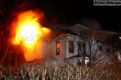 New Rochelle FD with Yonkers working a 3rd alarm fire at 201 Elm St. Feb 2, 2017.  Photos by Jon Tenca, see more at http://www.puckstopperphotography.com/p713104162.