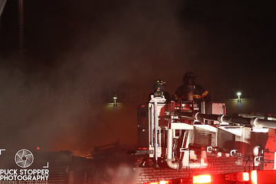 FDNY 4th Alarm commercial building fire at 1516A Schenectady Ave, Brooklyn. Nov 26, 2017.  Photos by Jon Tenca, see more at http://www.puckstopperphotography.com/p710730030