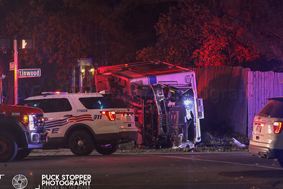 Major MVA - PD.vs.EMS, Chicago and Linwood, Detroit, MI - 11/10/18