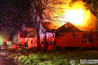 Occupied Dwelling Fire - 12546 Dresden St, Detroit, MI - 5/13/19