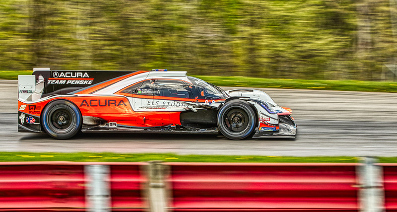 2019 Acura Sports Car Challenge at Mid-Ohio - Ricky Taylor and Helio Castroneves in the #7 Acura ARX-05 DPi - Whelen Engineering Racing