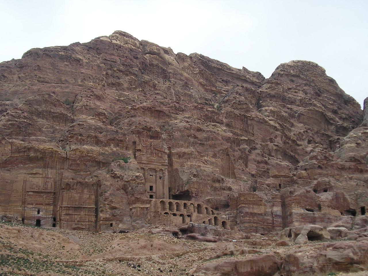 Um Tomb