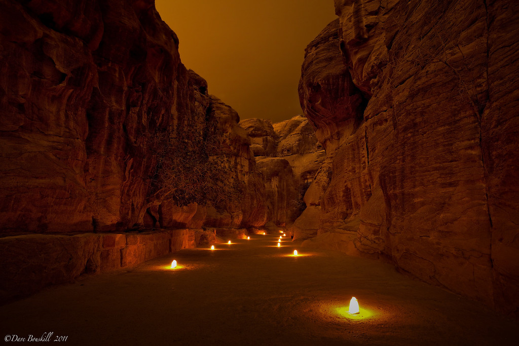 Petra-by-night-siq