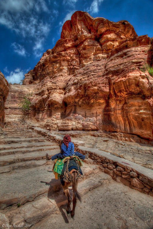 walk-up-to-monastery-petra-jordan