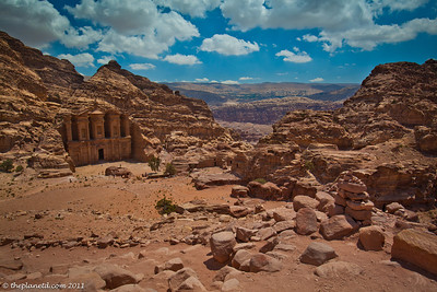 Petra-day-jordan-colloseum