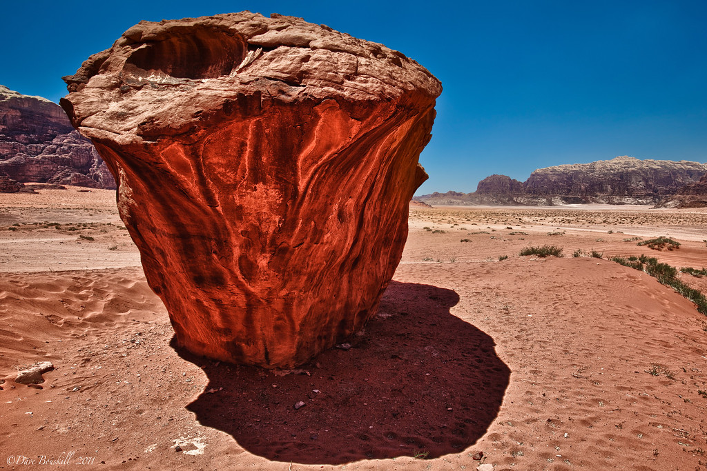 rock formation in wadi rum jordan
