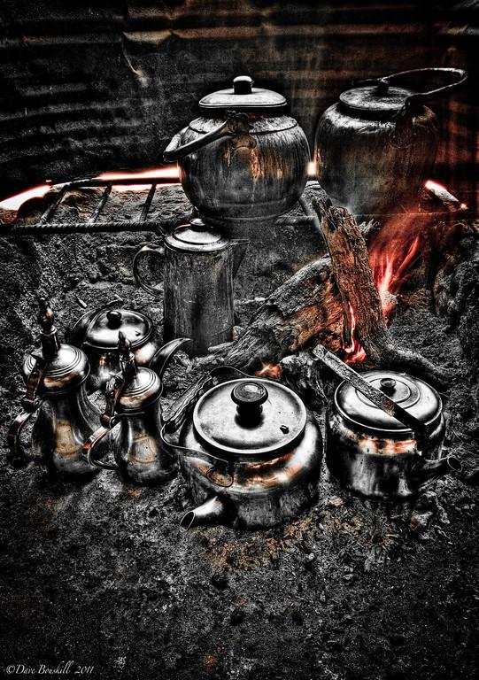 tea-pot-over-fire-wadi-rum